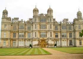 Burgley House dat Rosings was waar Lady C.de Bourg woonde