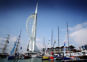 Portsmouth met Spinnaker Tower klein
