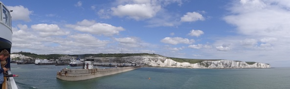 Dover White Cliffs panorama 2 klein