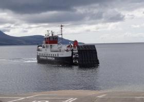 Ferry Claionaig nnar Lochranza (5) klein