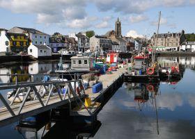 Tarbert harbour
