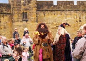 alnwick-castle-and-harry-potter-alnwickcastleblog