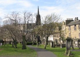 grayfriars-churchyard-klein
